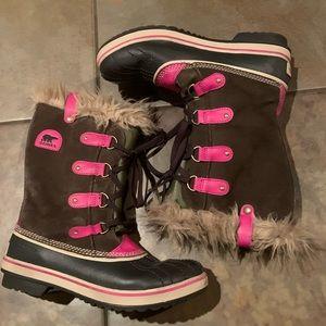 Sorel Tofino Boots sz 6